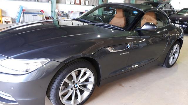 BMW Z4 にクリスタリン90を