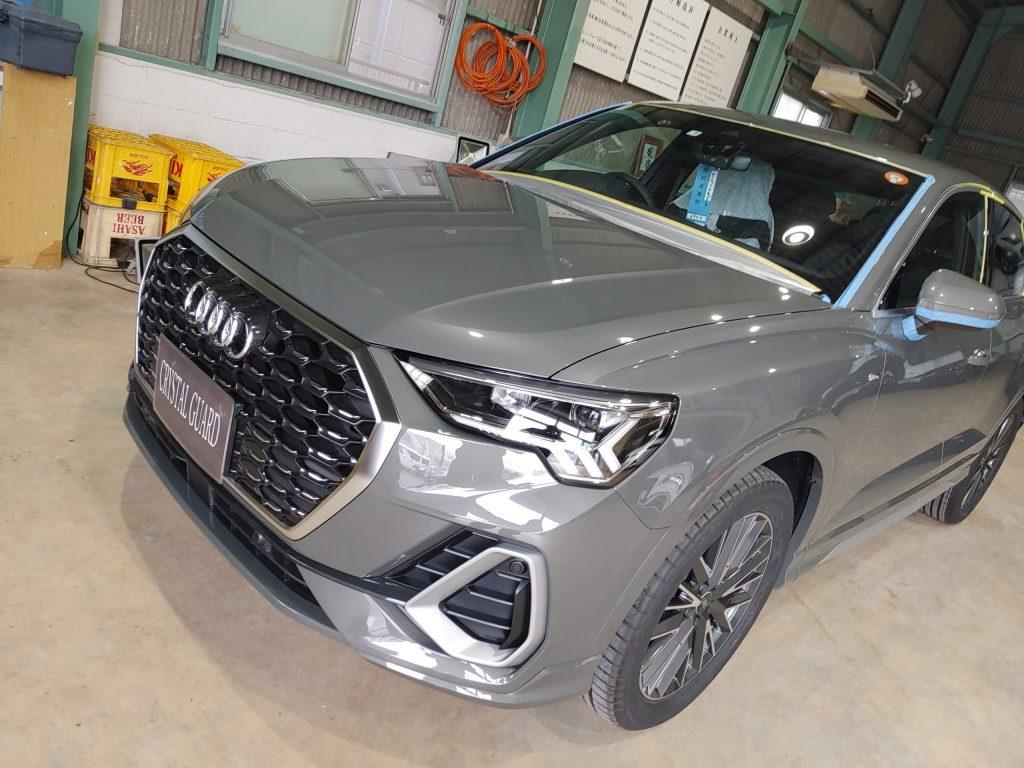 アウディQ3の新車にハイエンドクラスボディコーティングとアルミホイールコーティング